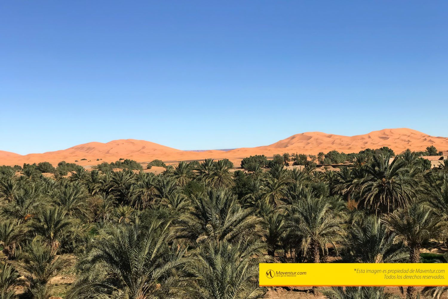 Erg-chebbi-merzouga-tour-vuelta-excursion-maventur