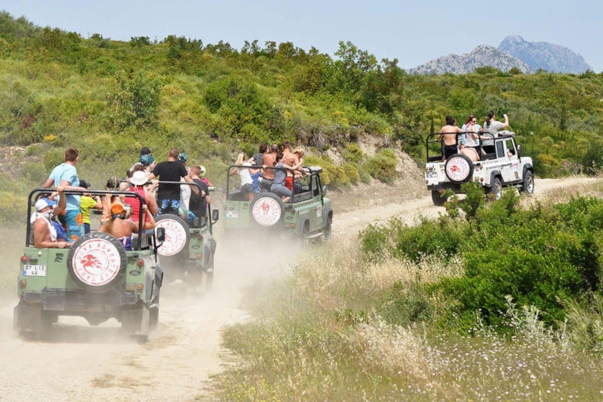 antalya-jeep-safari