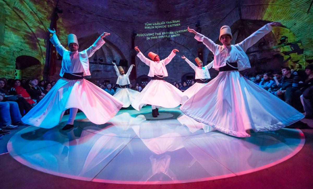 bailarines-derviches-girovagos