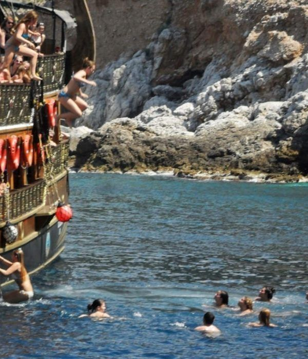 paseo-barco-golfo-antalya